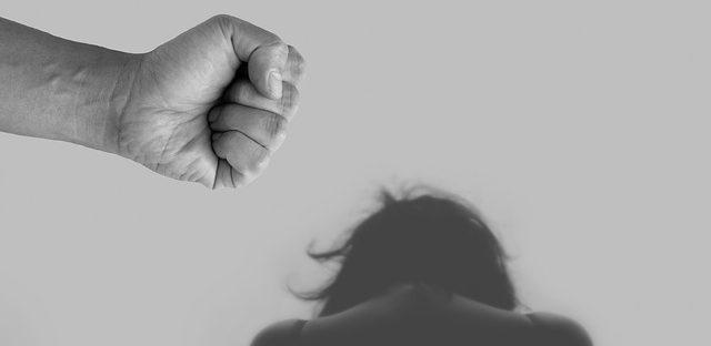 przemoc domowa wobec kobiet