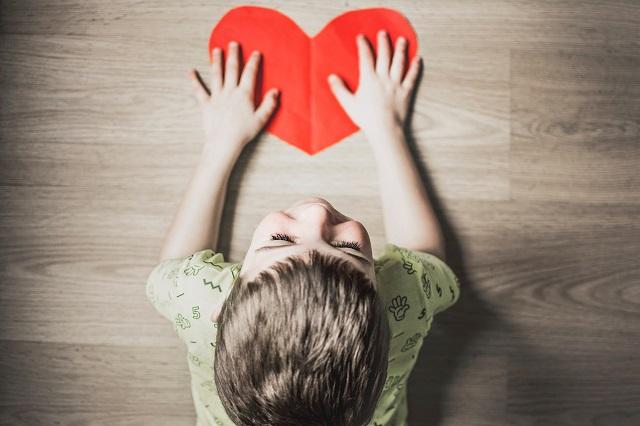 Dziecko z sercem